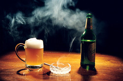 Курение и алкоголь - причины раздражения горла