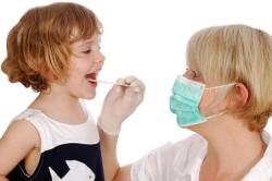Обращение к врачу при тонзиллите у ребенка