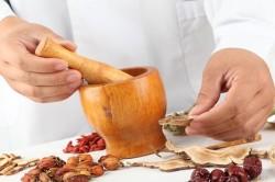 Народная медицина при лечении ангины
