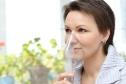 Проведение ингаляции при боли в горле